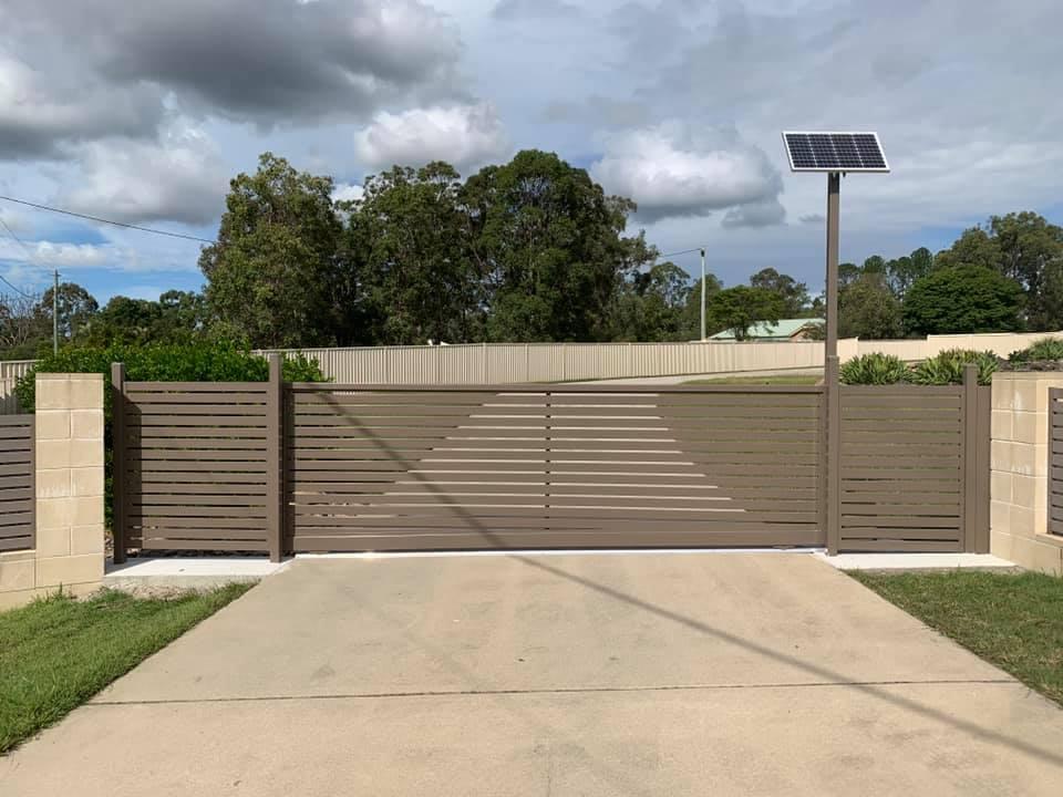Aluminum Slat Fencing (11)