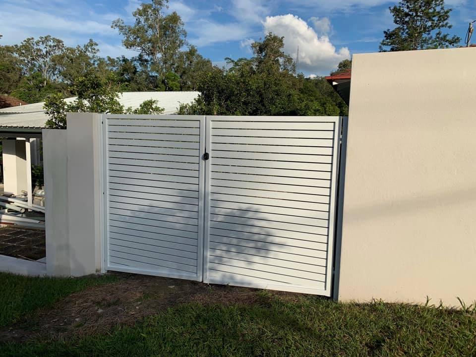 Aluminum Slat Fencing (13)