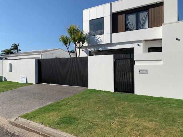 Brisbane-Aluminium-Sliding-Gate